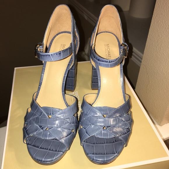 c363a96831a M 5a7531d0a825a61ae3f08277. Other Shoes you may like. Michael Kors Platforms